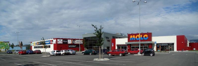 Nákupno-zábavné centrum Mólo -